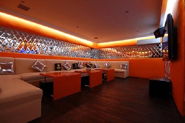 tran-thach-cao-phong-karaoke (12)